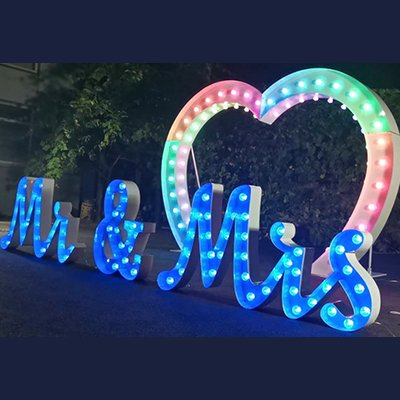 Light Up Heart Shaped Arch Hire - Candy Lady
